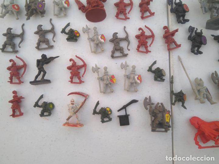 Juegos Antiguos: LOTE UNAS 60 FIGURAS Y PIEZAS JUEGOS DE ROL - WARHAMMER, HEROQUEST O SIMILARES - Foto 8 - 206421730