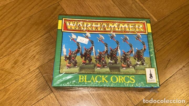 CAJA ORCOS Y GOBLINS PRECINTADA VINTAGE CON 6 FIGURAS DE WARHAMMER DE PLÁSTICO 1996 ORCOS NEGROS (Juguetes - Rol y Estrategia - Warhammer)