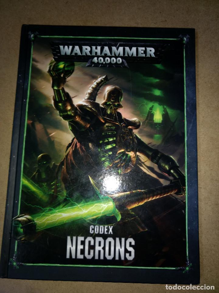 TOMO TAPA DURA WARHAMMER 40.000 CODEX NECRONS - GAMES WORKSHOP - TOMO 72 PAGINAS (Juguetes - Rol y Estrategia - Warhammer)