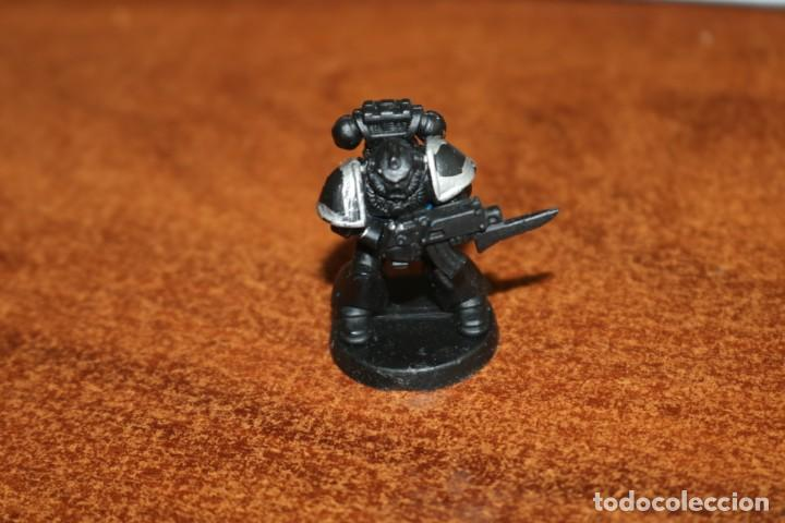 MINIATURA SOLDADO LEGIONARIO MARINE CRUZADA ESTELAR MB 1990 GAMES WORKSHOP HEROQUEST PINTADA (Juguetes - Rol y Estrategia - Warhammer)