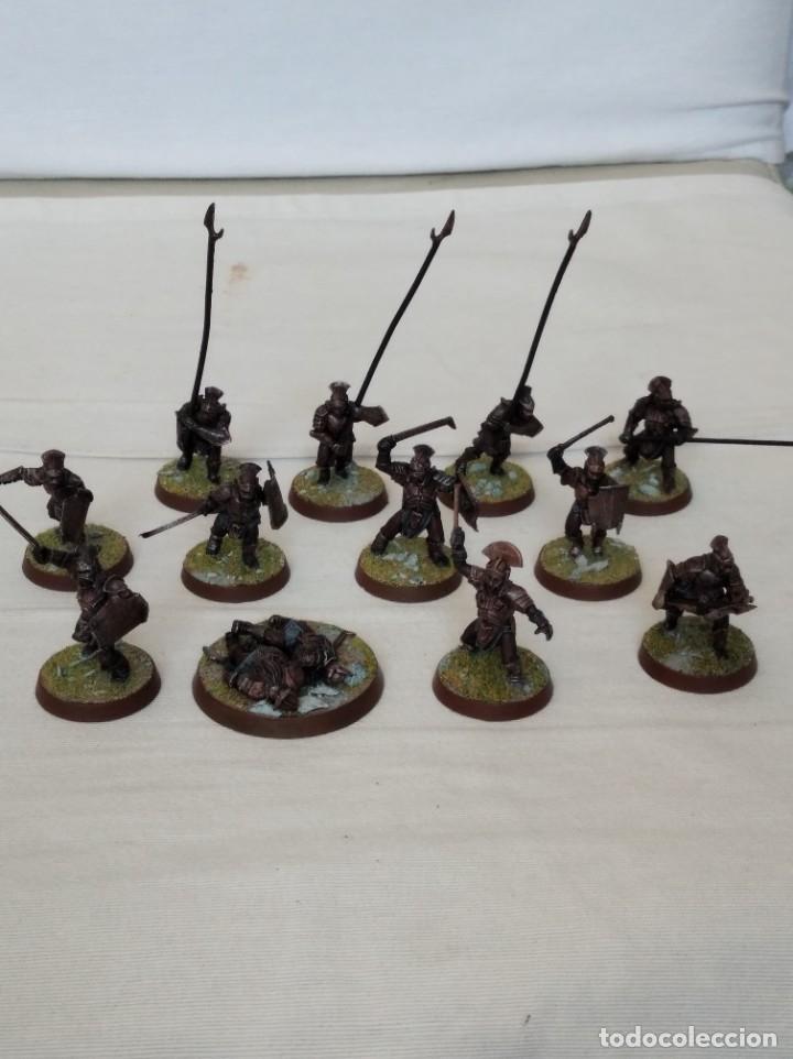 28MM GAMES WORKSHOP LORD OF THE RINGS GUERREROS URUK-HAI PINTADOS LOTE 1 (Juguetes - Rol y Estrategia - Warhammer)