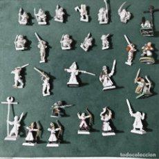Juegos Antiguos: WARHAMMER LOTE DE FIGURAS DE PLOMOS Y PLASTICO ANTIGUAS DE COLECCION VER FOTO. Lote 236168455
