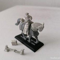 Juegos Antiguos: WARHAMMER - LUTHOR HUSS PROFETA DE SIGMAR A CABALLO - PLOMO - NUEVO, PERFECTO ESTADO - DESCATALOGADO. Lote 254411950