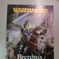 Juegos Antiguos: WARHAMMER VIEJO. PÓSTER LANZAMIENTO DE BRETONIA 2004,TAMAÑO 40 X 27 CMS. Lote 259027820