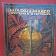 Juegos Antiguos: WARHAMMER - EL JUEGO DE LAS BATALLAS - LIBRO - EDICIÓN REVISADA - GAMES WORKSHOP 2000.. Lote 295523698