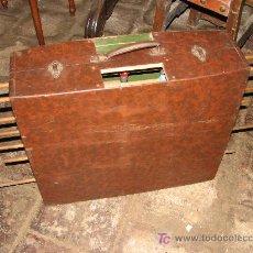 Juegos antiguos: ANTIGUO FUTBOLIN PLEGABLE.. Lote 27086068