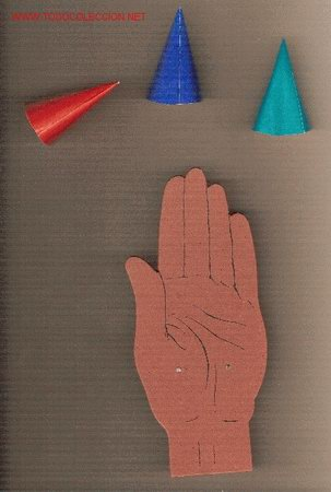 Juegos antiguos: El juego de los cucuruchitos. BCN : Ed. Selva, (años 30) - Foto 3 - 26096714