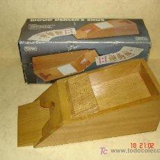 Juegos antiguos: DISPENSADOR DE CARTAS . Lote 26292446