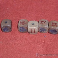Juegos antiguos: DADOS DE POKER DE MADERA - ANTIGUOS -. Lote 28249255
