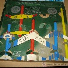 Juegos antiguos: ANTIGUO JUEGO DE VUELO DE AVIONES MADE IN USA BLOW-A-PLANE . AÑO 1955. Lote 30217403