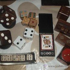 Juegos antiguos: DADOS,COLECCION DE DADOS Y BARAJA DE POKER. Lote 32427645