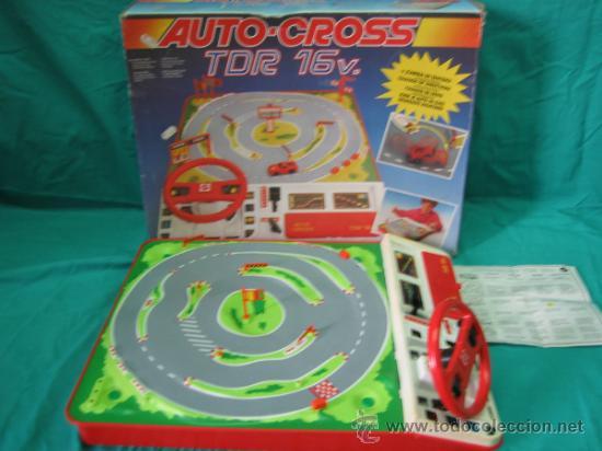 Juegos antiguos: Auto Cross de Mattel 1990. Falta arco de meta. Tiene los coches - Foto 2 - 32746923