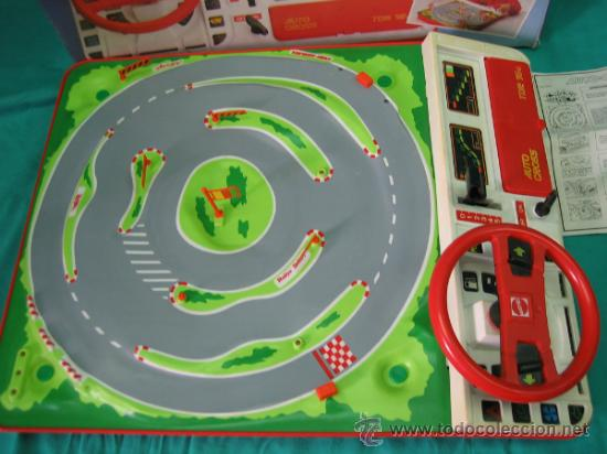 Juegos antiguos: Auto Cross de Mattel 1990. Falta arco de meta. Tiene los coches - Foto 12 - 32746923