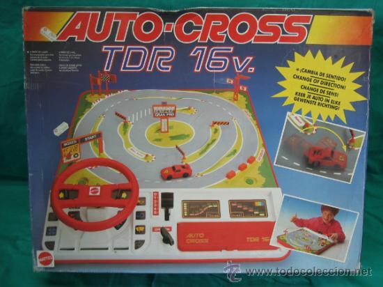 AUTO CROSS DE MATTEL 1990. FALTA ARCO DE META. TIENE LOS COCHES (Juguetes - Juegos - Otros)