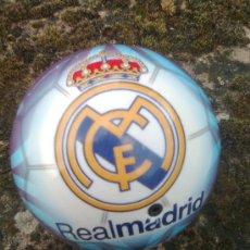 Juegos antiguos: PELOTA DEL REAL MADRID . 14 CMS DIAMETRO. Lote 37020323