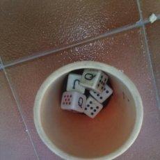 Juegos antiguos: JUEGO DE DADOS ANTIGUO. Lote 38826453