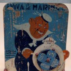 Juegos antiguos: JUGUETE JUEGO ANTIGUO ORIGINAL VIVA LA MARINA RULETA MARINERO VOLANTE MADERA AÑOS 40 VINTAGE BAR (55. Lote 49918176