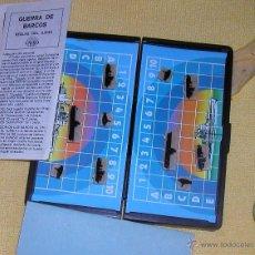 Juegos antiguos: GUERRA DE BARCOS JUEGO DE MESA PARA VIAJE COLECCIONABLE DE CAYRO AÑOS 70-80 . Lote 51964668