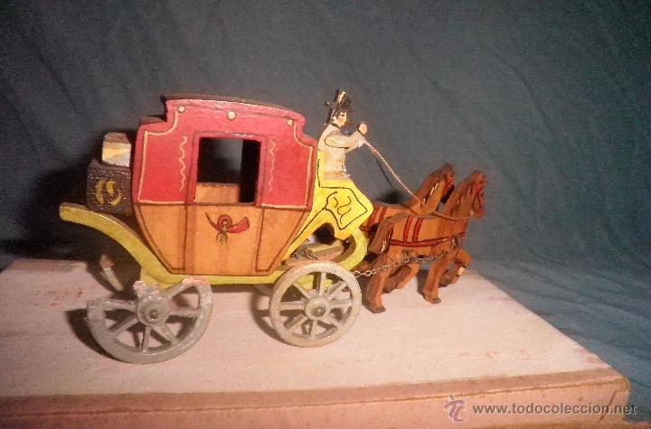 Antiguo carruaje juguete de madera en miniatu comprar - Juguetes antiguos de madera ...