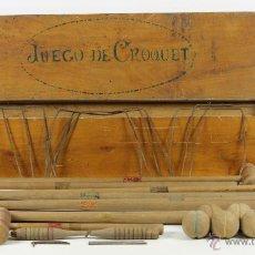 Juegos antiguos: ANTIGUO JUEGO DE CROQUET. CAJA ORIGINAL EN MADERA. AÑOS 50.. Lote 54195611