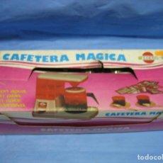 Juegos antiguos: JUGUETE CAFETERA DE JUGUETE DE BREKA.NO JUGADA. Lote 71941999