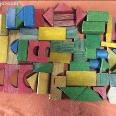 Juegos antiguos: UNAS 140 ANTIGUAS PIEZAS DE JUEGO ARQUITECTURA INFANTIL, BLOQUES DE CONSTRUCCIÓN . Lote 72244311