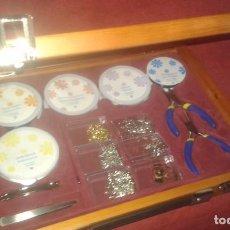 Juegos antiguos: ESTUCHE MALETIN MADERA DE CALIDAD , ABALORIOS ( NUEVO). Lote 73466291