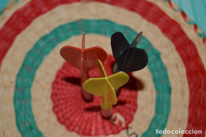 Juegos antiguos: ANTIGUA DIANA - BELTRAN - CON 3 DARDOS - PRECIOSA Y VINTAGE - MIRA LAS FOTOS - HAZ OFERTA - Foto 8 - 92849395