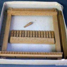 Juegos antiguos: TELAR INFANTIL MADERA AÑOS 40 - 50. Lote 98208751