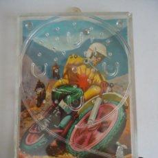 Jogos antigos: JUEGO DE HABILIDAD DE UNA BOLA. FONDO MOTOCROS. ---- Y. Lote 108869387