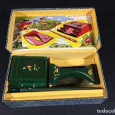 Juegos antiguos: ORIGINAL ANTIGUO JUEGO TINTERO MAS CAJA NUEVO A ESTRENAR AÑOS 50. Lote 112620971