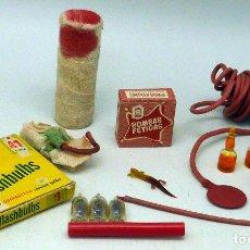 Juegos antiguos: LOTE VARIOS ARTÍCULOS BROMA AÑOS 60 - 70 BOMBAS FÉTIDAS DEDO SANGRE LAGARTIJA Y OTROS. Lote 112967871