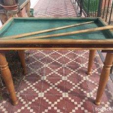 Juegos antiguos: MESA BILLAR INFANTIL TRES BOLAS BANDAS DOS TACOS DESMONTABLE PPIO S XX 56X72X43 CMS. Lote 117065639