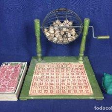 Juegos antiguos: ANTIGUO JUEGO DE LOTO BINGO LOTERIA INFANTIL CARTONES CILINDROS 1900 25X25X25CMS. Lote 117100351