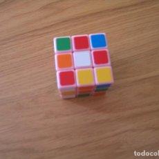 Juegos antiguos: CUBO RUBBIK. Lote 117101015