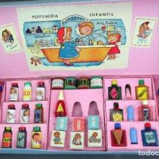 Juegos antiguos: PERFUMERÍA INFANTIL LUIS MIRALLES CON ILUSTRACIONES GRANADOS FINALES AÑOS 50 CASI COMPLETO. Lote 128885603