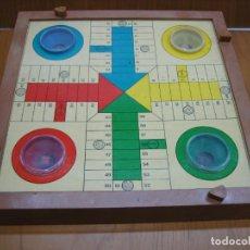 Juegos antiguos: ANTIGUO JUEGO DE MESA PARCHIS. Lote 138669502