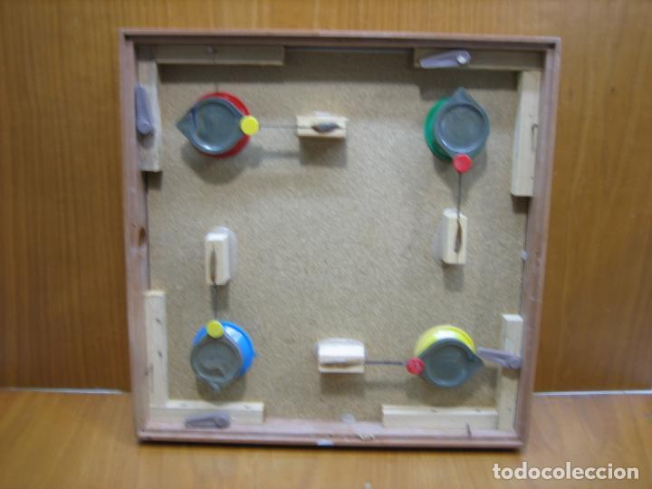 Juegos antiguos: Antiguo juego de mesa Parchis - Foto 4 - 138669502