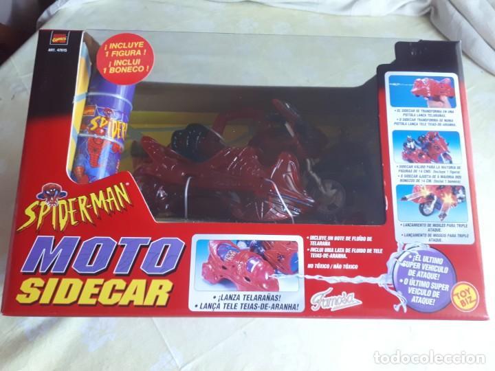 SPIDERMAN MOTO SIDECAR DE FAMOSA (Juguetes - Juegos - Otros)