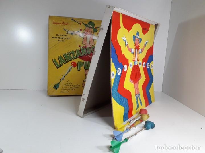 Juegos antiguos: Antiguo juguete Lanzando puñales de lanman plastic - Foto 6 - 147139702
