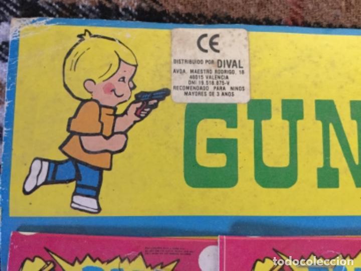 Juegos antiguos: Blister completo con 12 pistolas de kiosco años 70/80 - Foto 3 - 150250030