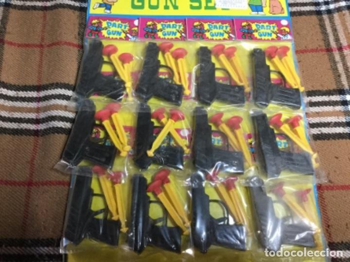 Juegos antiguos: Blister completo con 12 pistolas de kiosco años 70/80 - Foto 4 - 150250030