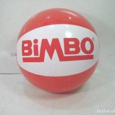 Juegos antiguos: PRECINTADO¡¡ BALON DE PLAYA -OBSEQUIO BIMBO - INCHABLE - PELOTA PISCINA PLASTICO VINTAGE -PAN MOLDE. Lote 152048398