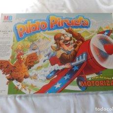 Juegos antiguos: PILOTO PIRUETA. MB JUEGOS. FABRICADO EN CHINA.. Lote 161491678