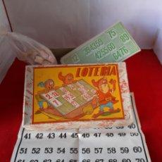 Juegos antiguos: ANTIGUO JUEGO DE LOTERÍA CON BOLAS DE MADERA Y 12 CARTONES. Lote 168726172