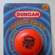 Juegos antiguos: YO-YO (YOYO) DUNCAN. ACTION YO-YO. MODELO NEO COLOR NARANJA. BIZAK. MADE IN USA. EN BLISTER ORIGINAL. Lote 170423712