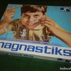 Juegos antiguos: MAGNASTIKS - JUEGO DE CONSTRUCCIÓN MAGNÉTICO - JUGUETES RACIONALES OSCAR. Lote 173846889