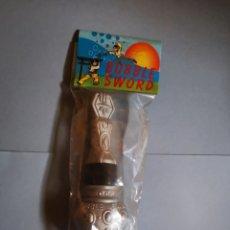 Juegos antiguos: ESPADA JUGUETE BUBBLE SWORD. Lote 176283430