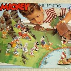 Juegos antiguos: ANTIGUO DIORAMA ESCENARIO CON FIGURAS RECORTABLE MICKEY AND FRIENDS. ORIGINAL DE DISNEY. Lote 179146413
