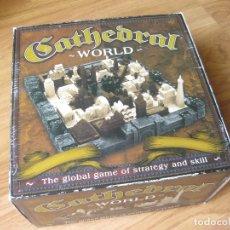 Juegos antiguos: EL JUEGO GLOBAL DE ESTRATEGIA Y HABILIDAD - CATHEDRAL WORLD - FAMILY GAMES. Lote 179177421